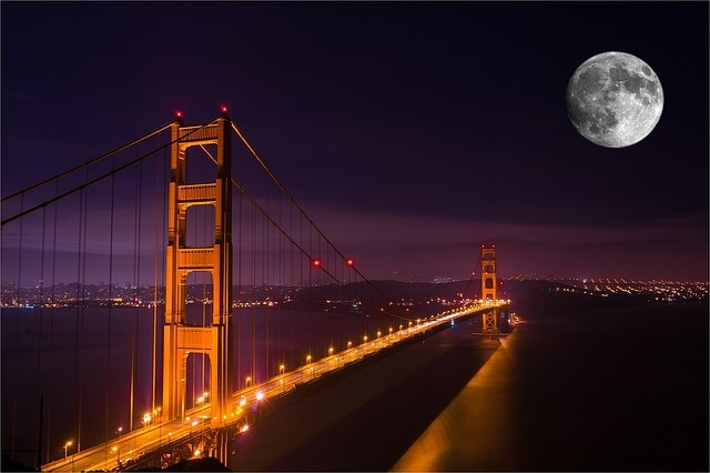 Full Moon over Golden Gate Bridge, San Francisco motorhome rental, california