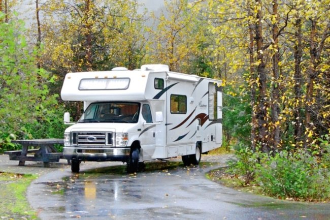 Clippership 28ft Class C RV hire in US