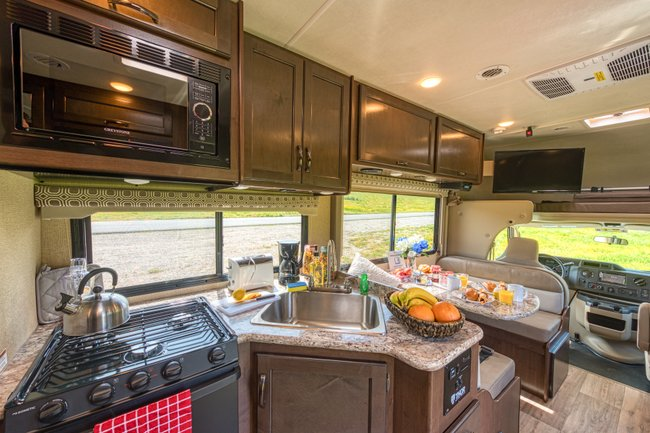 Road Bear 25-27ft Class C RV Rental interior in the United States