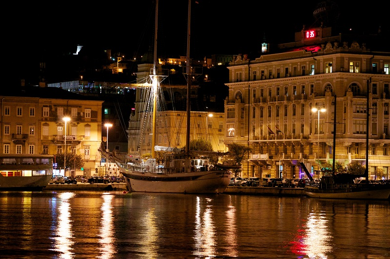 Rijeka Harbour at Night Croatia,rijeka motorhome rental,croatia